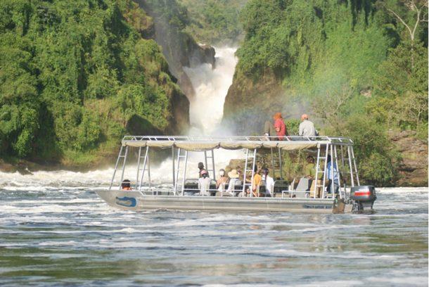 Navegación en el río, Cataratas Murchinson - safari por Uganda