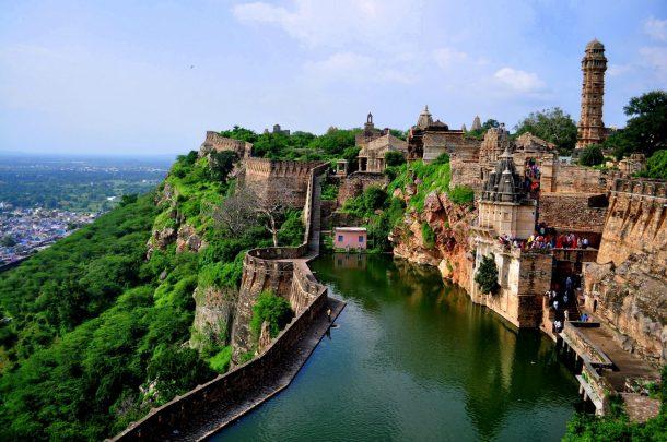 Fuerte de Chittaurgarh, circuito por el norte de India