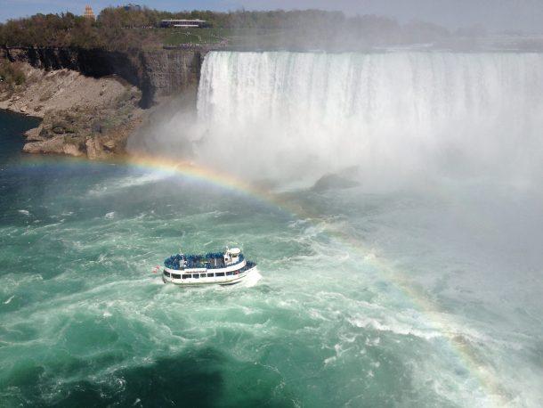 Crucero en las cataratas del Niágara - circuito por Canadá
