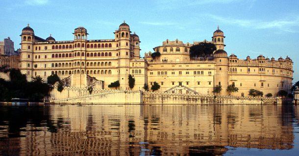 Palacio de Udaipur - circuito por el norte de India