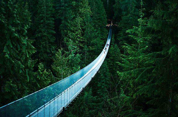 Puente colgante de Capilano - viaje a oeste de Canadá