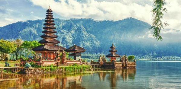 Templo Ulun Danu, viaje a Bali y Java