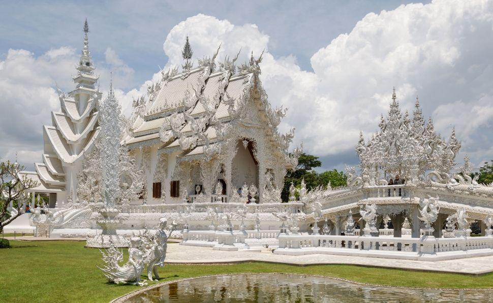 DETALLES DEL ADJUNTO chiang-rai-thailand-wat-rong-khun